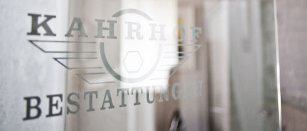 Qualifikation + Zertifizierung Bestatter klein